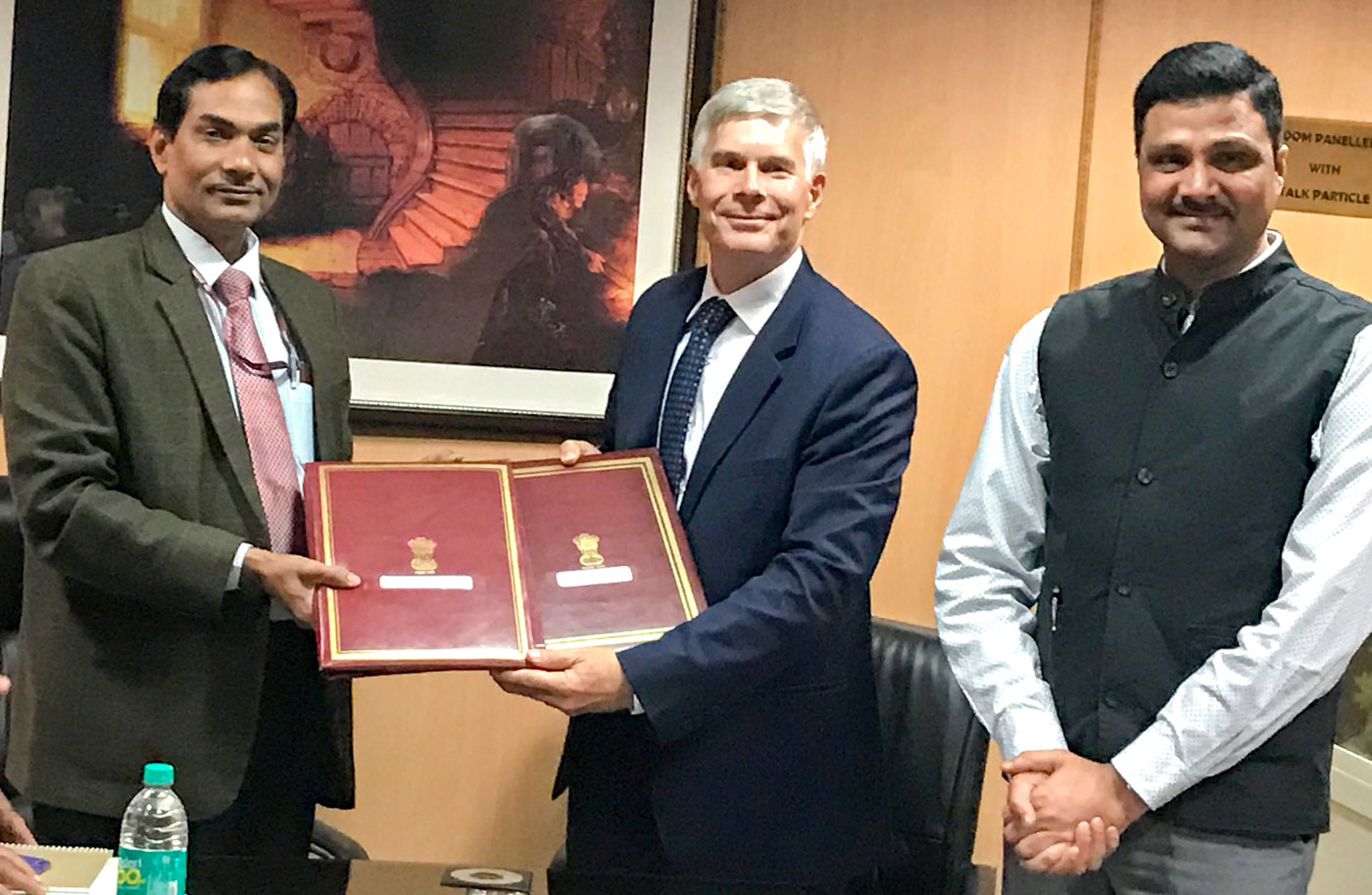 Dr Mohapatra, Director General, ICAR, Dr Bergvinson, Director General, ICRISAT and Dr Padhee, Director, Country Relations, ICRISAT at the signing. Photo: ICRISAT