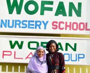 Madame Salamatu Garba, Directrice Exécutive de WOFAN, en compagnie de Agathe Diama, Responsable Régionale de l'Information – ICRISAT Afrique de l'Ouest et du Centre. Photo: ICRISAT