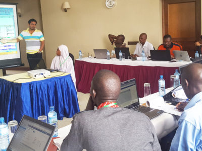 Participants from Nigeria, Ethiopia, Tanzania, Uganda and Burkina Faso at the workshop. Photo: D Roma, ICRISAT