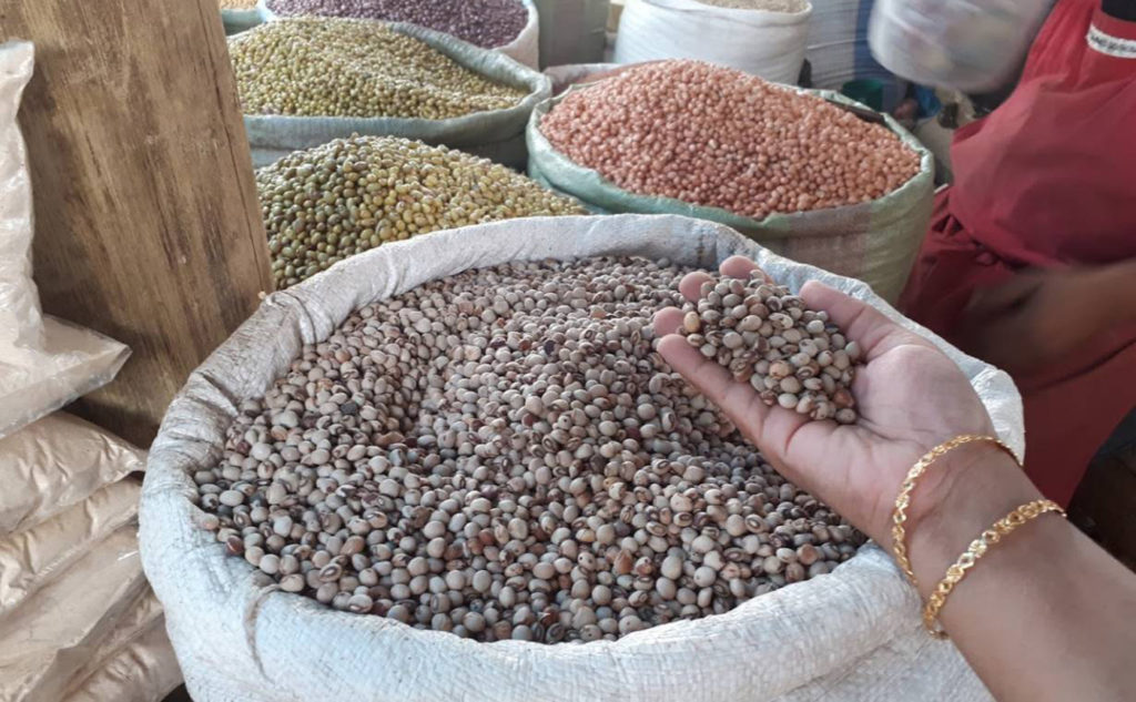 Pigeonpea grain among other legumes on display at a market in Morogoro, Tanzania Photo: CWangari, ICRISAT