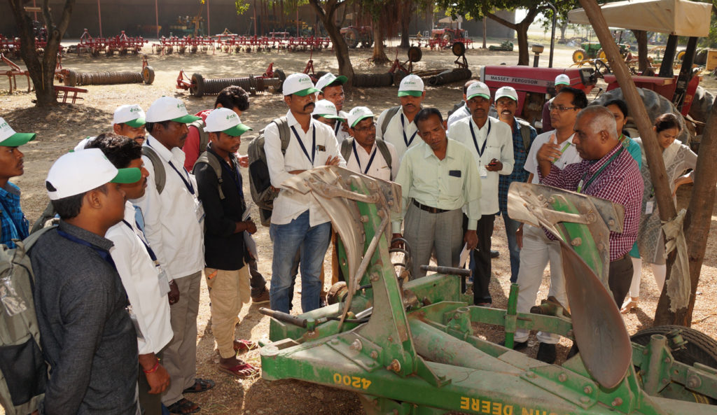 Interactive field sessions on farming and processing equipment at ICRISAT, Patancheru Photo: ICRISAT