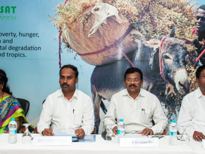 Members of the Telangana Tribal Welfare Department and TRICOR inaugurate the programme at ICRISAT Phot:o ICRISAT