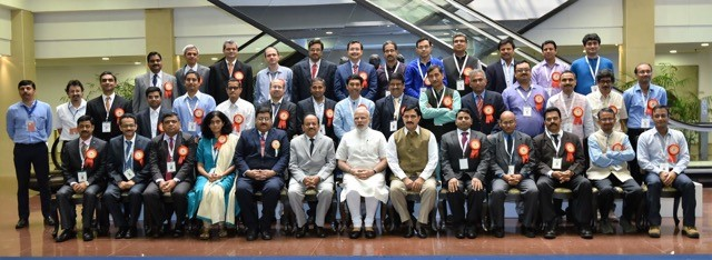 Dr Rajeev Varshney (front row, 5th from right) and other awardees with Prime Minister Mr Narendra Modi. Photo: Twitter handle of Shri Narendra Modi