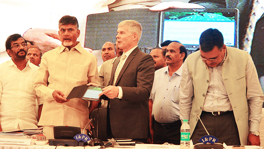 Andhra Pradesh Chief Minister N Chandrababu Naidu launches Plantix app at Vijayawada on Thursday. Photo: ICRISAT