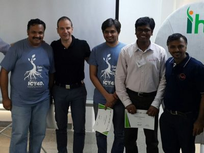 Pic caption- From L to R (Dr. Andy Jarvis, Director of the Decision and Policy Analysis Area in the International Centre for Tropical Agriculture (CIAT) with the winning team- Time2Sell) Photo: S Punna, ICRISAT