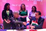 Singing of partnership agreement. Photo: Pooja Bhatnagar-Mathur ICRISAT