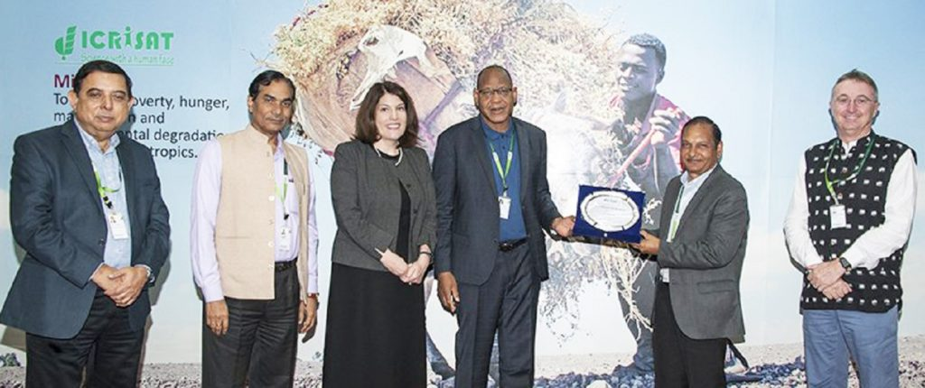 Dr PM Gaur, Director – Research Program, Asia, ICRISAT, was awarded the Doreen Margaret Mashler Award, ICRISAT's highest science award for his substantial contribution in chickpea breeding. Photo: ICRISAT